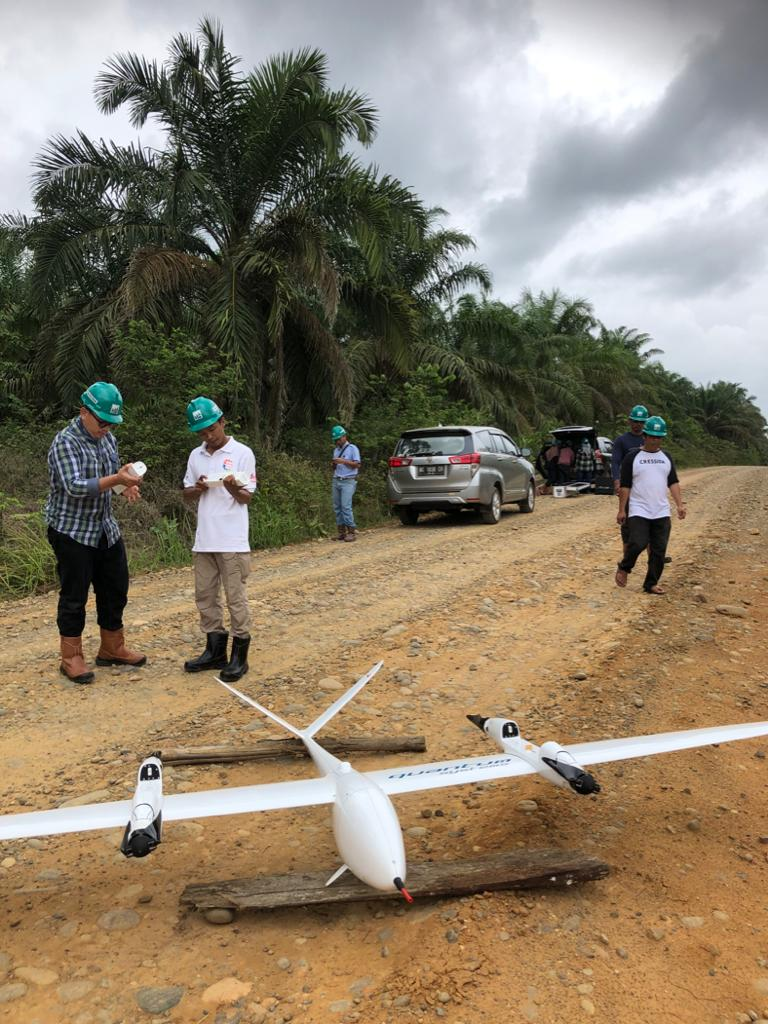 Hutama Karya - Trans-Sumatra Toll-road construction - UAV mapping with YellowScan Surveyor Ultra and Quantum-Systems Tron - before take-off